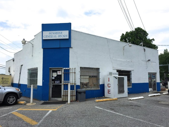 8) Sunshine Burgers, Brookeville