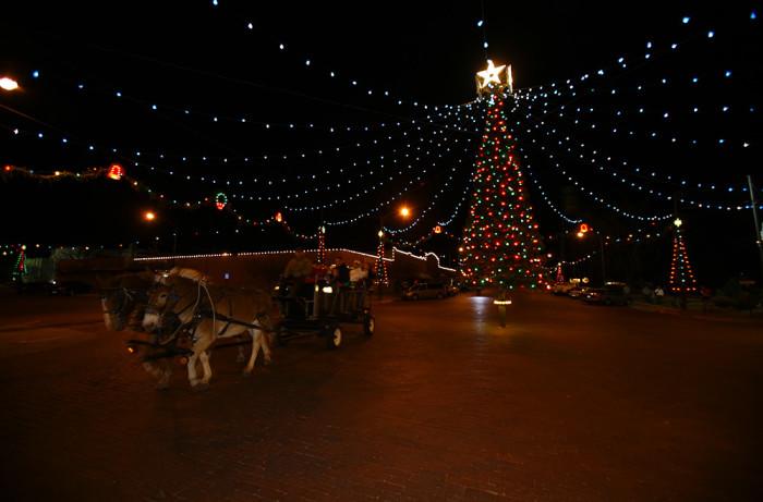 christmas city of the high plains wakeeney - Christmas Lights In Kansas City