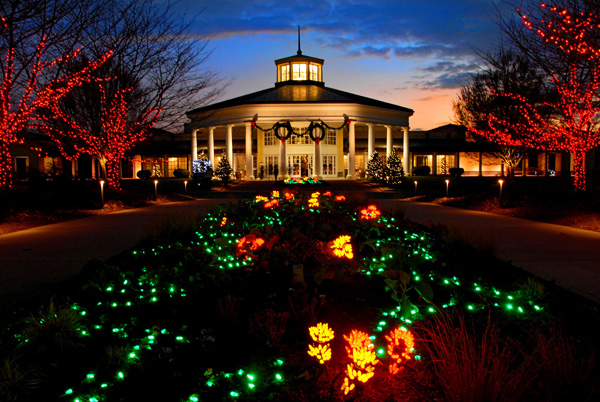Top 10 christmas towns in north carolina - Daniel stowe botanical garden christmas ...