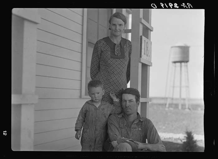 4. This family was resettled by the RA (Resettlement Administration) that was part of FDR's New Deal. It relocated struggling families to government communities. 1936.