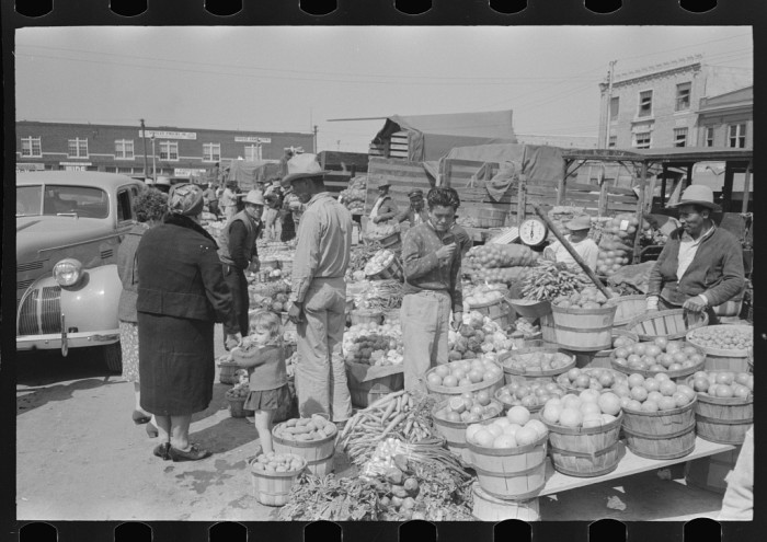 Farmer's markets were just as abundant as they are now. This one is in San Antonio.