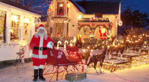 Here Are The Top 9 Christmas Towns In Indiana. They're Magical.