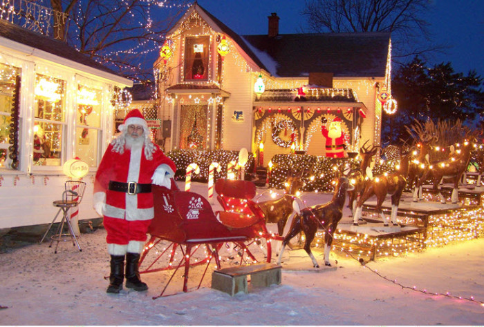 Top 9 Christmas Towns In Indiana