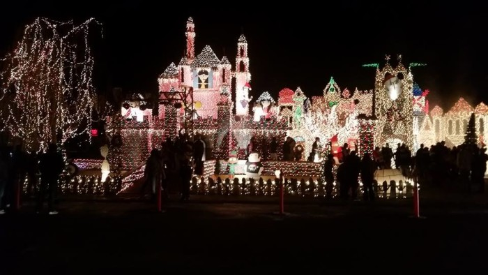These 12 Houses In Utah Have The Best Holiday Lights