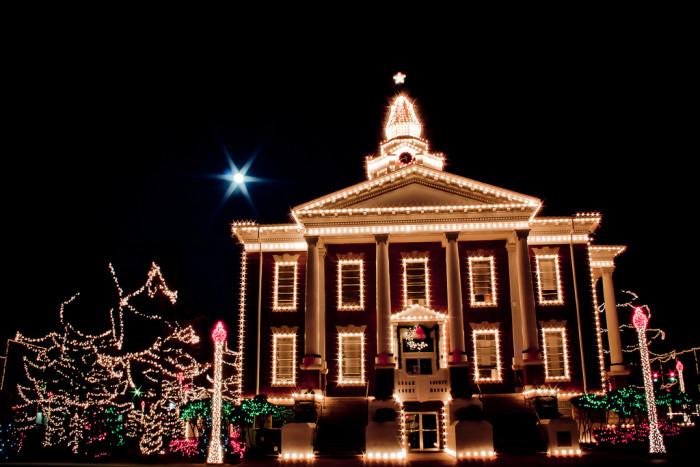 The Top 15 Christmas Towns In Utah