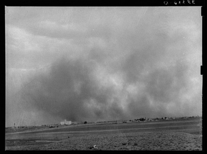 9. A dust storm ravaged North Texas in 1939. (Lubbock)