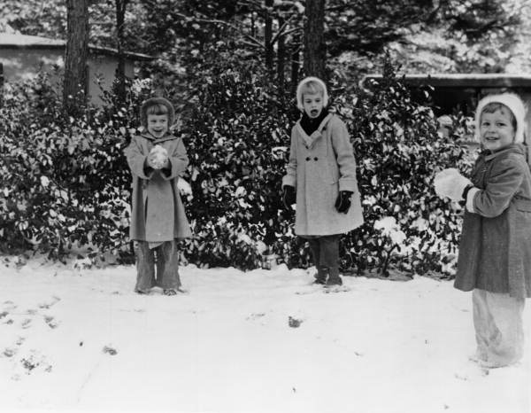 Children enjoying a day of snow in the Indian Head Acres neighborhood