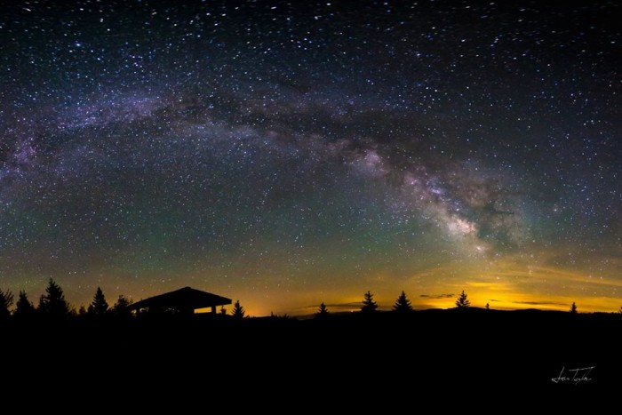 4. How gorgoeous is this night sky over Richwood?