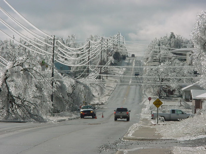 7. The ice storm of 2007 was devastating in Oklahoma. The ice was so thick that it took down power lines and trees all over the state. The power outage was the worst ever in Oklahoma, with nearly 600,000 homes and businesses without electricity. Oklahoma's state of emergency was viewed worldwide.