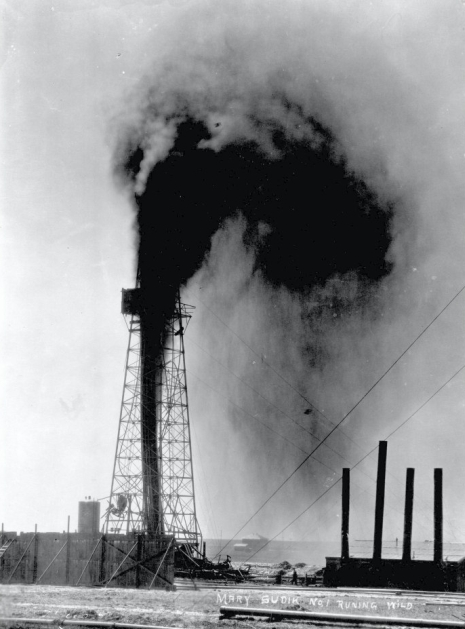 """2.Oklahoma received extensive media coverage and was the subject of daily radio reports when an oil well blowout took place on March 26, 1930. The """"Wild Mary Sudik"""" gusher flowed for eleven days before it was capped on the third try. It is listed as one of the famous gushers of the world."""