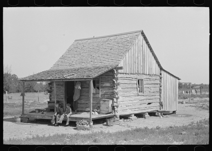 "5. ""Home of white agricultural day laborers north of Sallisaw, Sequoyah County, Oklahoma."""