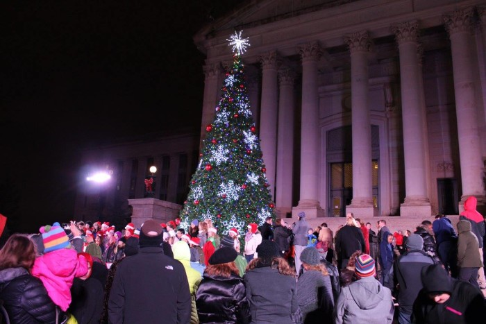 7. Visit the Oklahoma state capitol building and see all the decorations.