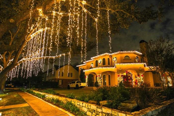 5. River Oaks (Houston)