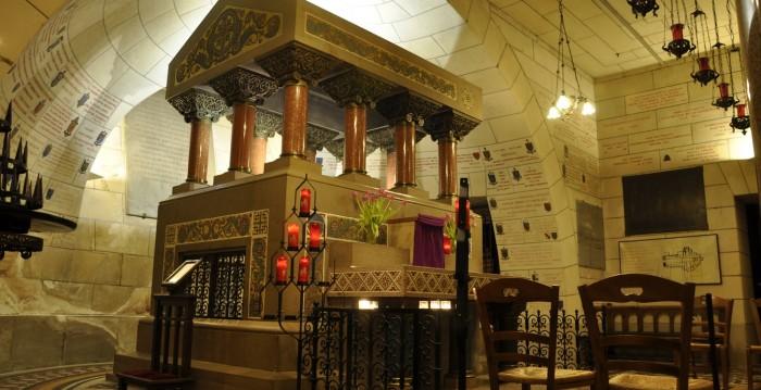 saint-martin-de-tours-church-529389f585c07a881800024c