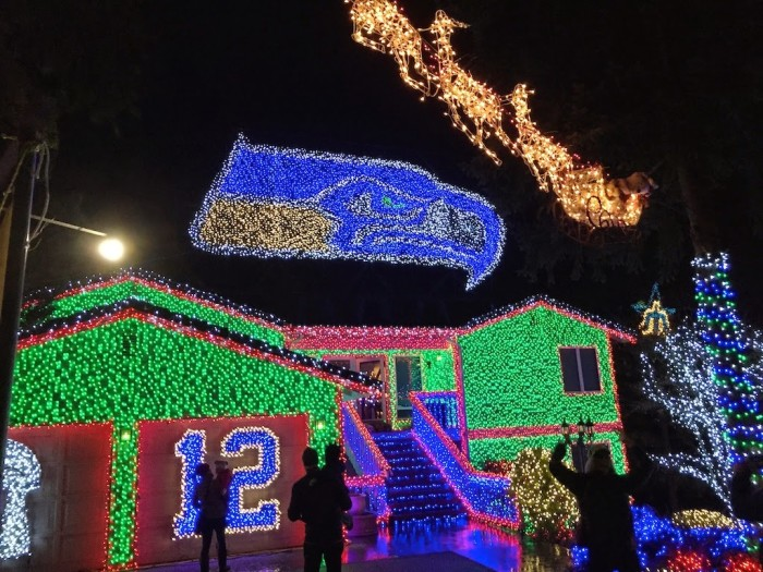 10 houses with the best christmas displays in washington