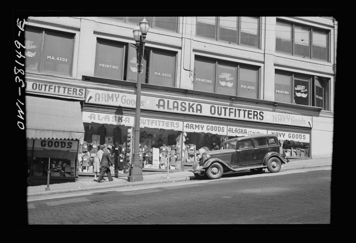 6. A classic Seattle street scene during the Great Depression period.