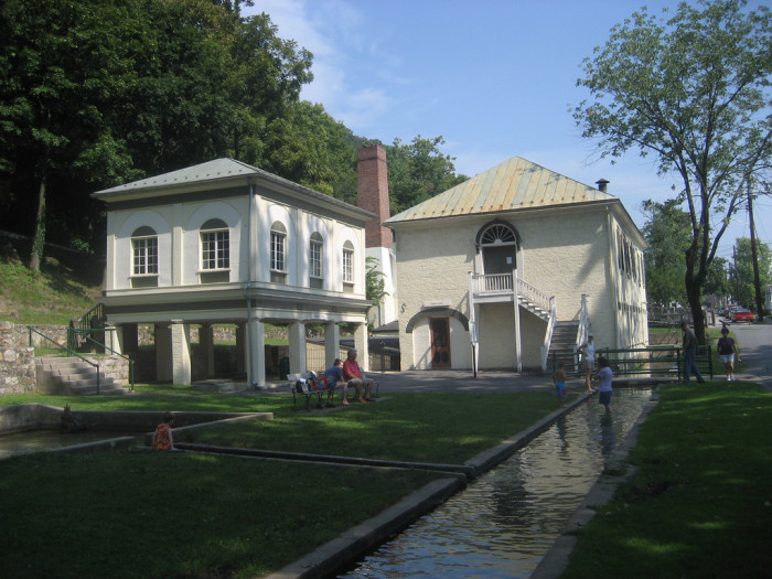 3. The country's first public spa opened in 1756  in Berkeley Springs (then Bath, Virginia).