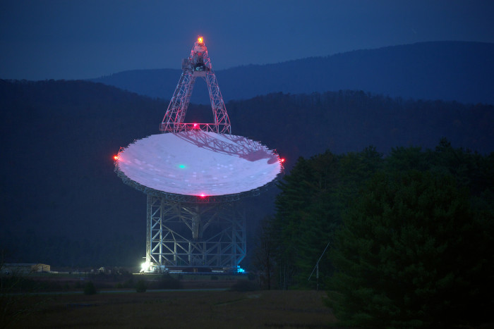 14. Explore the night sky at the National Radio Astronomy Observatory