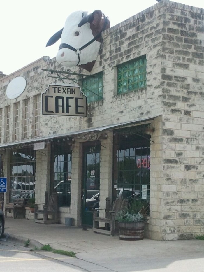 4. Texan Cafe and Pie Shop (Hutto)