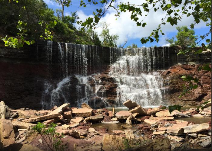 Kansas: Cowley Lake Waterfall
