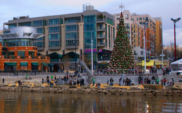 11) National Harbor, Oxon Hill