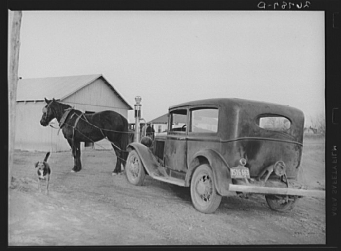 1. Mules were used in place of tow trucks in Franklin County in 1939.