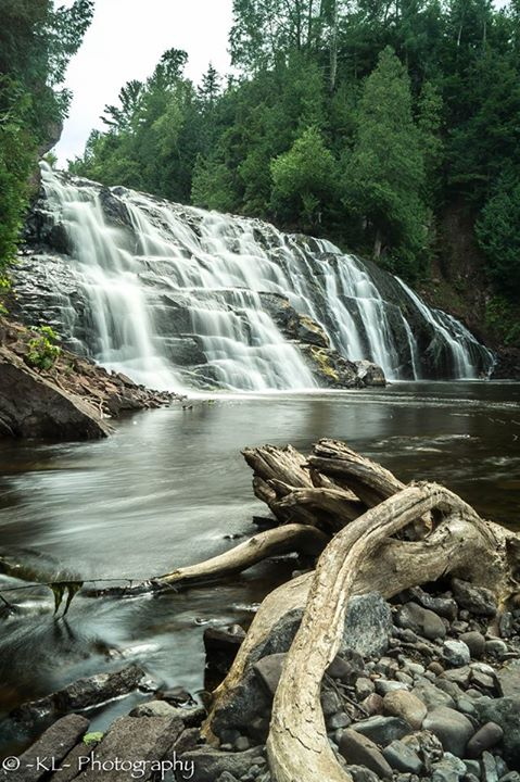 8. What a breathtaking shot of the Lower Falls at Potato River.