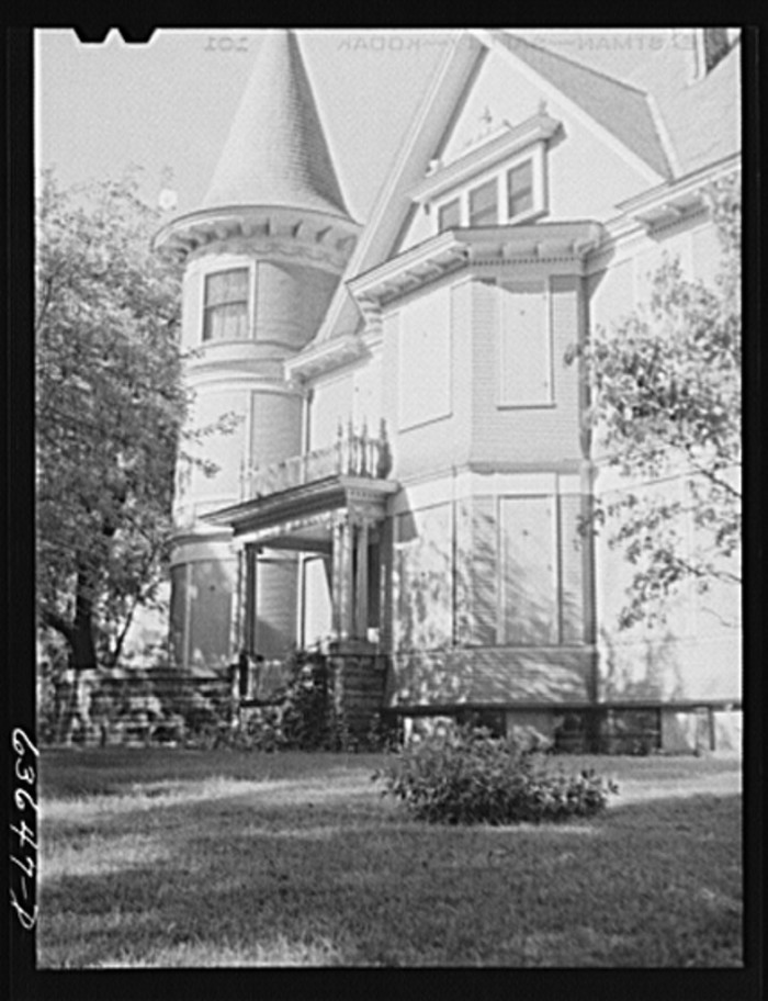 8. This home, now demolished, once stood in Elgin.