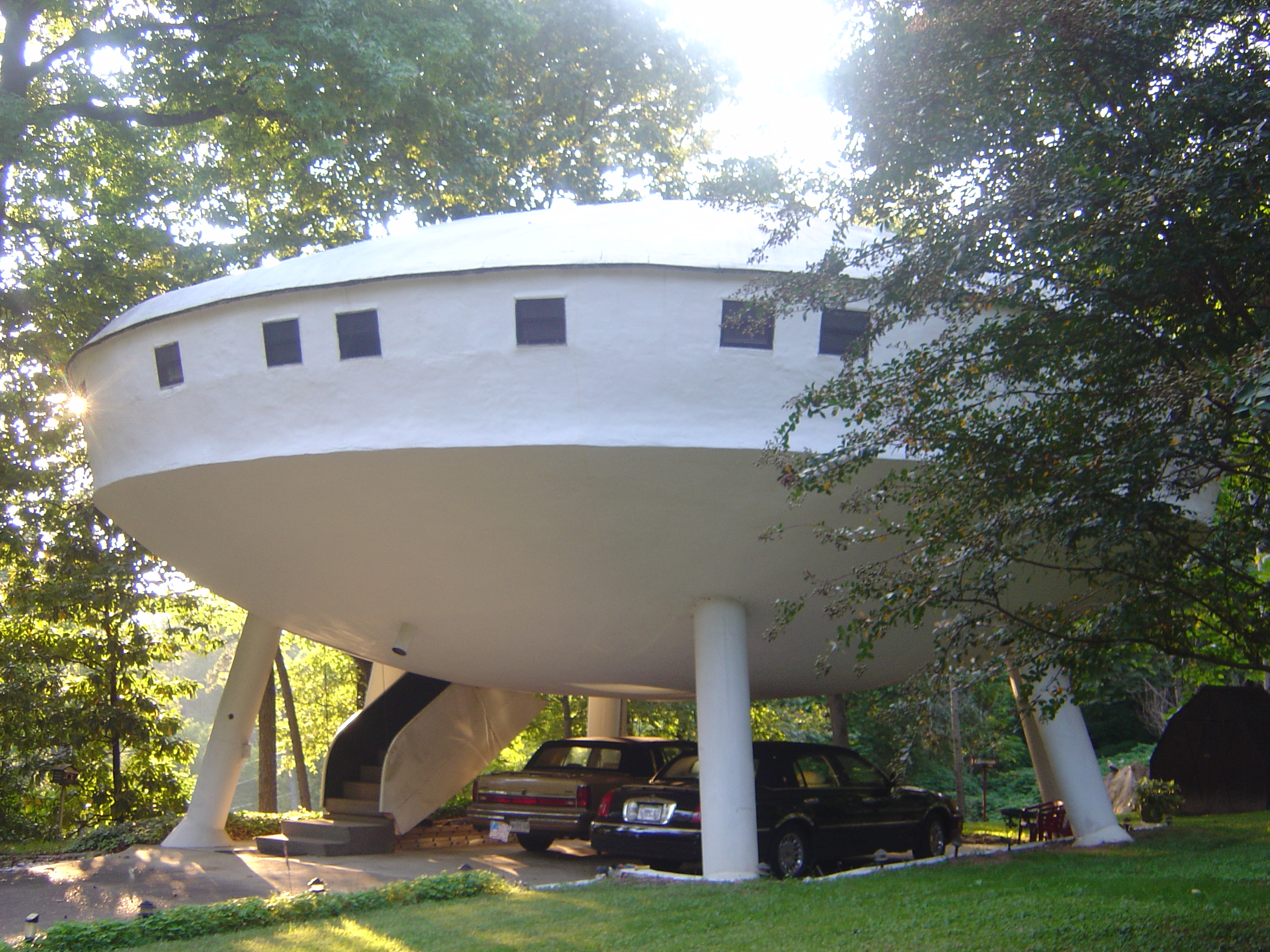 This Bizarre House In Tennessee Is Truly Unique
