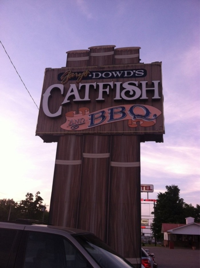 1.	Dowd's Catfish and Barbecue, Lebanon
