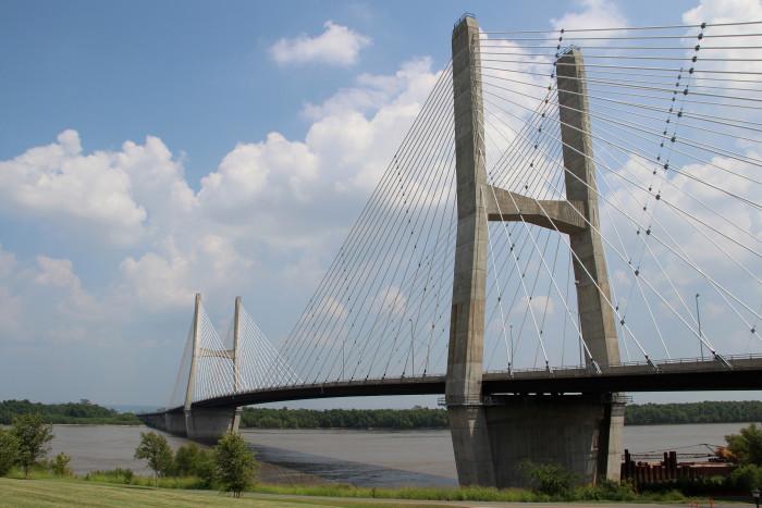 10.2. Bill Emerson Memorial Bridge, Cape Girardeau