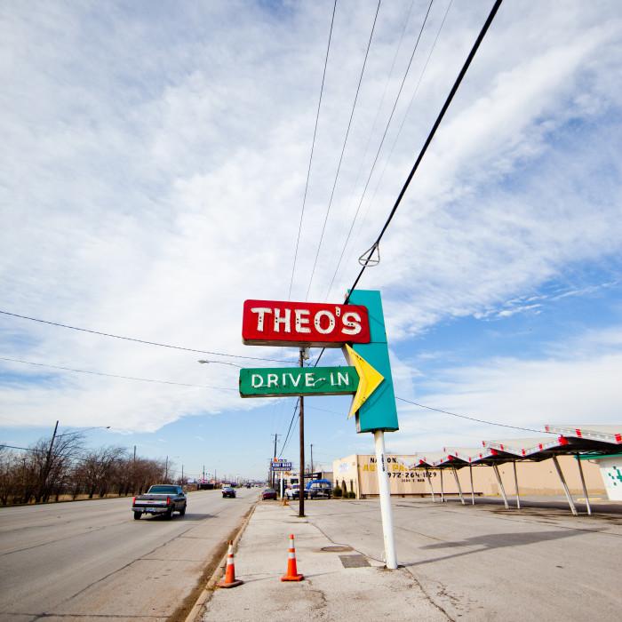 6. Theo's Drive-In (Grand Prairie)