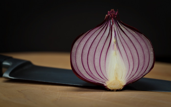 """10. In Blue Hill, no female wearing a """"hat that would scare a timid person"""" can be seen eating onions in public - it's the law."""