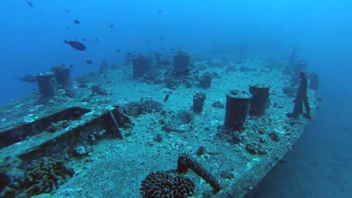 11) Mahi Shipwreck