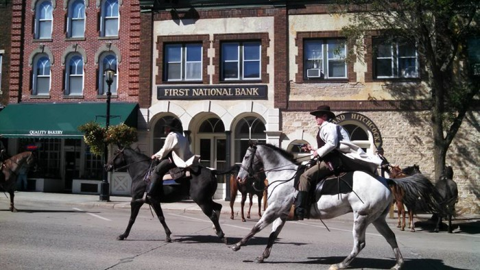 2. Sep 7, 1876 - The James and Younger gang failed an attempt to rob the First National Bank of Northfield.