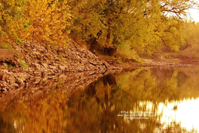 10. This stunning scene of the fall leaves reflected in the water in Independence.