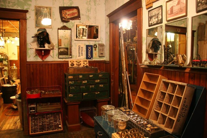 Stop N Shop Hours >> 11 Amazing Antique Stores In Minnesota