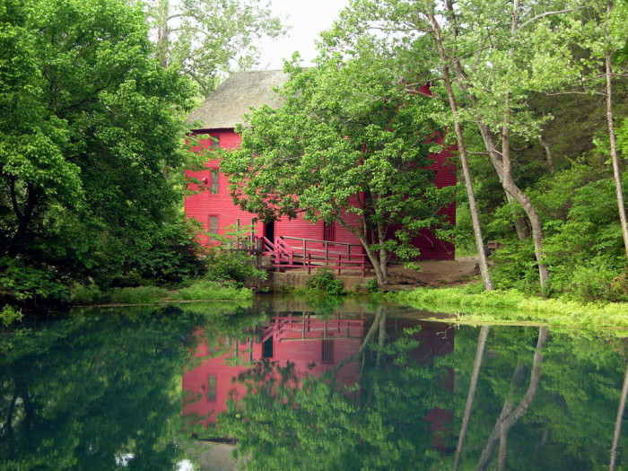 13.Alley Springs and Mill