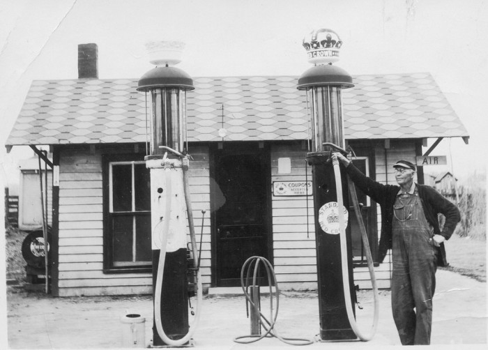 13.Standard Red Crown Gas Station.
