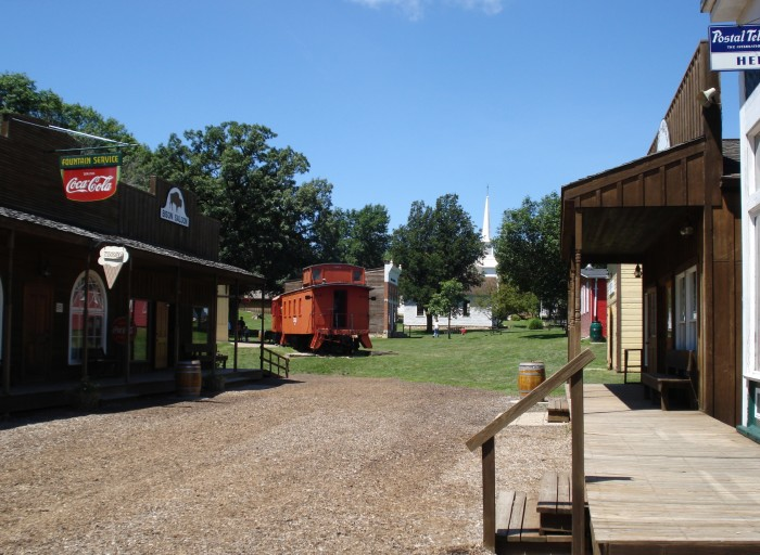 8. Dan Nagle Walnut Grove Pioneer Village, Long Grove