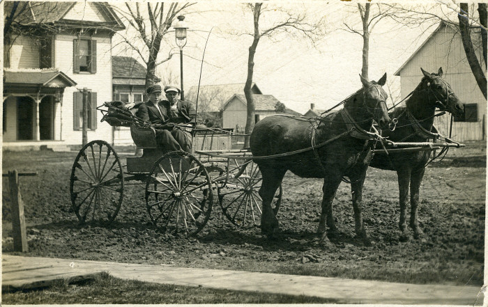9. What going out for a joyride looked like in 1910