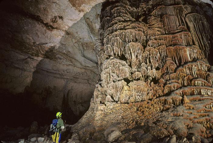 8. Kickapoo Caverns