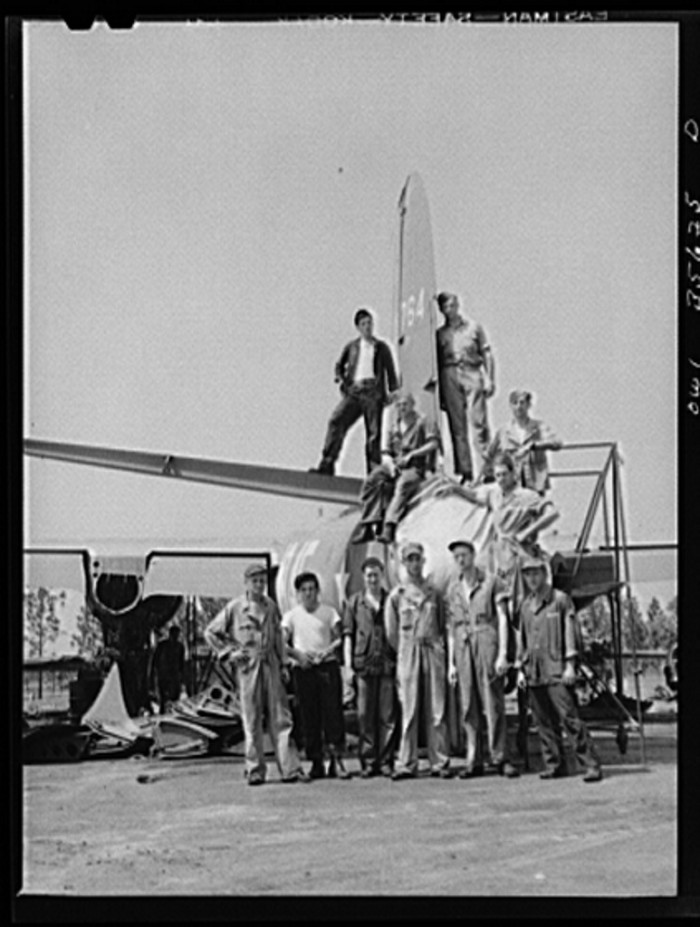18. The men of a Myrtle Beach 25th mobile unit, Air Service Command. 1943.