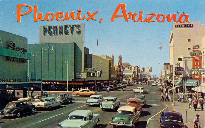 3. This is what Washington Street in downtown looked like around the same time.