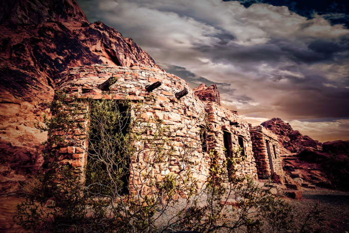 10. A group of old huts in ruin at Valley of Fire State Park.
