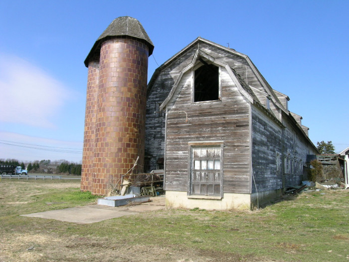 13) This rustic dairy barn at Mulberry Hill Farm is in Talbot County.