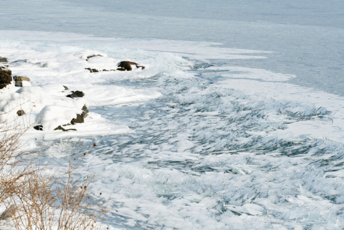 9. These amazing ice formations formed when the waves on Lake Superior slowly froze in action.