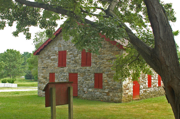 11) The crimson doors and shutters on this storage barn in Towson are so whimsical.