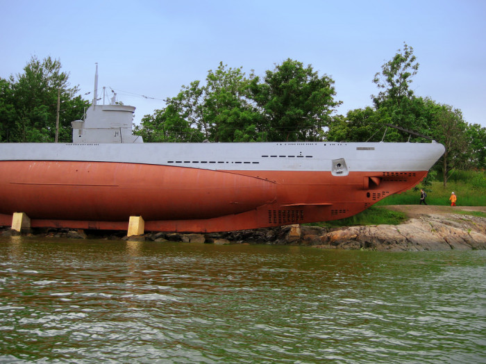 4. The modern submarine was invented here and the first submarine ride took place in the Passaic River.