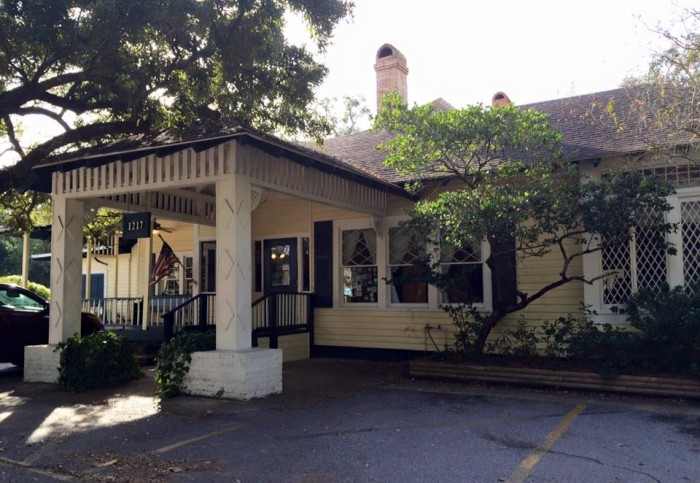 2. Aunt Jenny's Catfish Restaurant, Ocean Springs